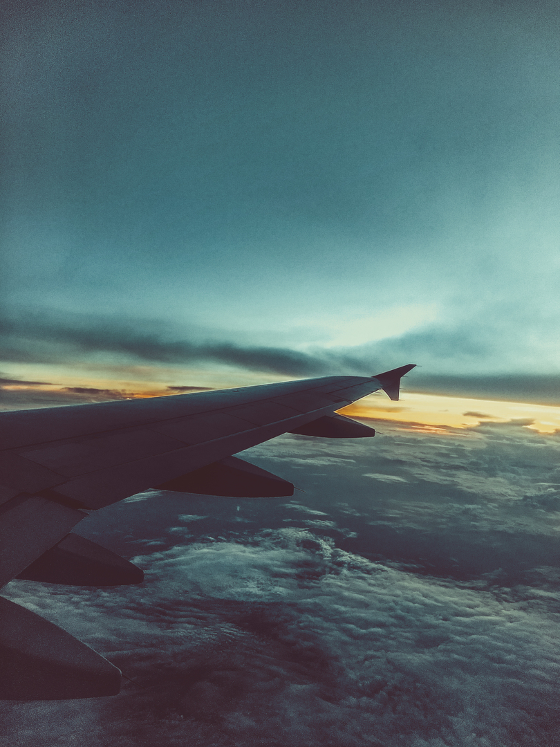 flight-sky-air-clouds-airplane-atmosphere-1439167-pxhere.com